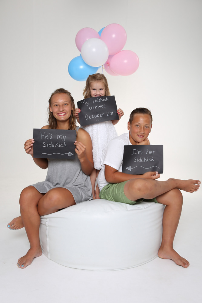 Pregnancy announcement Studio photographer garden route